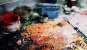 peinture, palette et gobelet